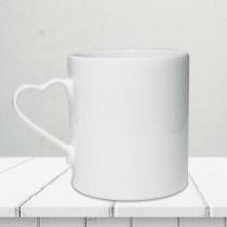 Kalp Kulplu Porselen Beyaz Kupa